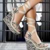 Dolgu topuklu moda ayakkabılar